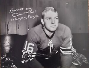 BOBBY HULL AUTOGRAPHED CHICAGO BLACKHAWKS 16X20 PHOTO W/61 CUP CHAMPS