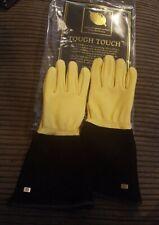 Gold Leaf Ladies Tough Touch gardening Gloves.