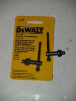 "DEWALT DW2303 1/4"" x 3/8"" Chuck Key with 1/4"" Pilot FOR CORDLESS DRILLS-Plus one"
