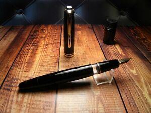 "Vintage ""Montblanc 252"" Fountain Pen-Black Piston Filler-14K Nib-Germany 1950s"