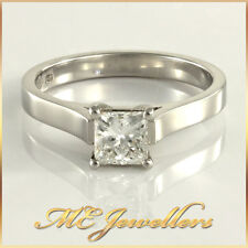 18k White Gold Modern Solitaire Square Princess Diamond Engagement Ring 0.66ct