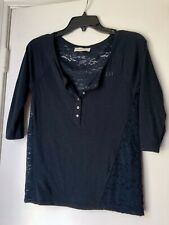 GILLY HICKS Navy 3/4 Sleeve Top w/ Lace Panels  - Size XS