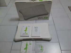 Pedana BALANCE BOARD + gioco WII FIT per Nintendo WII e WII U ! In ottimo stato!