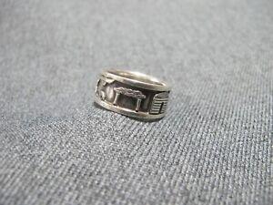 Vintage Native American Navajo Storyteller sterling Ring signed R H Begay Size 8