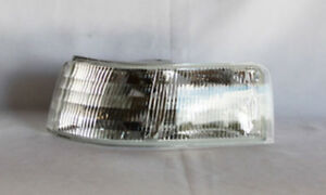 Turn Signal And Parking Light Assy TYC 12-5224-01