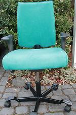 HAG 05     5400  Drehstuhl  Bürostuhl mit  Swing Back Armlehnen