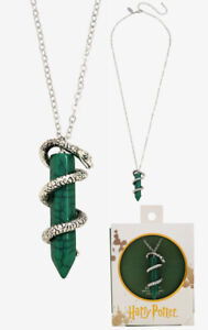 Harry Potter Slytherin Necklace Features a Silver Serpent around a Green Crystal