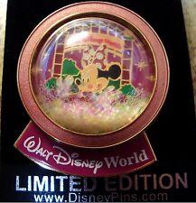 Minnie LE 1000 Snow Globe WDW Pin in Mint Conditionj