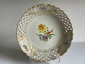 Vintage MEISSEN Porcelain Reticulated Shallow Bowl Painted Flowers 1st Quality
