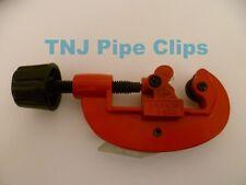 TUBE PIPE CUTTER 3-30mm BRASS COPPER VINYL PLASTIC *ADJUSTABLE* FITS 15,22 & 28