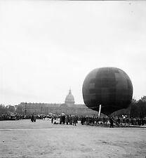 PARIS c. 1956 - Ballon Montgolfière Charles Dollfus - Négatif 6 x 6 - N6 P159