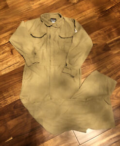 BULWARK EXCEL FIRE RESISTANT COVERALLS SIZE 38 RG SMALL
