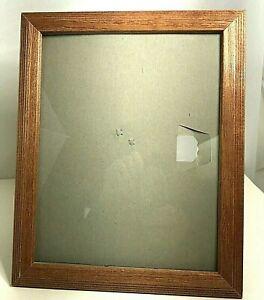 """Vintage oak wood frame 11.5"""" x 9.5"""" frame and inside 8"""" x 10"""""""