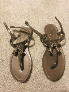Ladies Tods Buckle Jelly Sandals With Tassel Size 37 Grey
