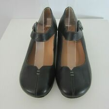 New Taos Womens 9.5 Black Samba  Mary Janes Pumps Leather Comfort Shoes Classic
