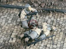 "Verlinden 1/35 ""Comrade Down"" German Soldier with Wounded WWII (2 Figures) 2200"