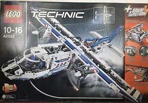 Lego Technic 42025 Cargo Plane/Boat BNIB