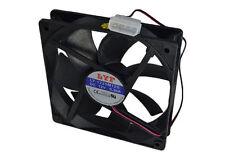 Ventilador silencioso LinQ para PC DE 12 CM 12V Color Negro