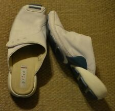 Privo by Clarks Slip On Mules Slides White Leather Professional Occupational 7