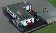Kibri Kit 37469 NEW N ADMIN BUILDING WITH FILLING STATION
