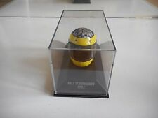 Minichamps F1 Formula 1 Helmet Ralf Schumacher 1995 on 1:8 in Box