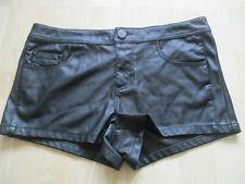ladies RIVER ISLAND BLACK PVC FAUX LEATHER HOTPANTS / SHORTS UK SIZE 10