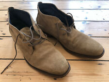 ALDO MENS SUEDE LEATHER CHUKKA BOOTS. STONE. UK 8. USED CONDITION.