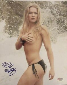 RONDA ROUSEY 8X10 AUTOGRAPHED PHOTO -  PSA/DNA CERTIFIED MMA/WWE