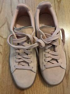 EUC womens Puma pink sneakers classic size 6.5 suede lace up