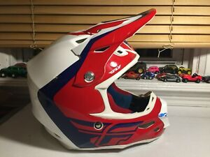 Fly Racing F2 Carbon MIPS Helmet Offroad Large White Red Blue 2017 Motocross