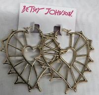 NWT Betsey Johnson Gold Tone Big Open Weave Heart Dangle Pierced Earrings