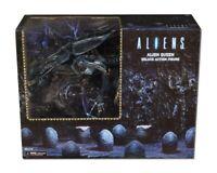 James Cameron's Aliens Xenomorph Alien Queen Ultra Deluxe Box Action Figure NECA