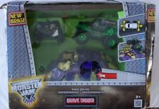New Bright RC Monster Jam Grave Digger Vehicle Age 3+ (1:24 Scale) ~ Box damaged