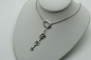 Fancy 925 Sterling Silver Hallmarked Toggle Necklace Flower Detail