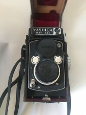 Yashica Mat 124 TLR Medium Format Camera 80mm f/3.5  With Case.