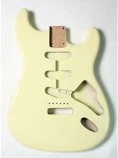 Goeldo BSAVW Body für Stratocaster, SSS, US-Erle, Vintage White
