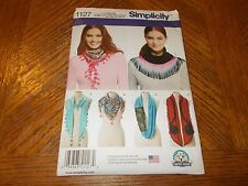 Simplicity Pattern 1127 (5) Styles of Misses Scarves by Carla Reiss