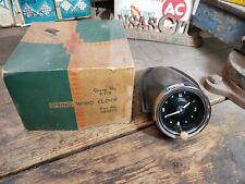 NOS 1951 1952 Chevy accessory Dash Spring Wind Clock 986525 OEM GM Lowrider Bomb