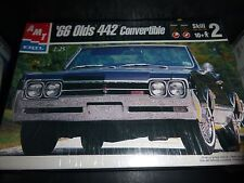 AMT 1966 OLDS OLDSMOBILE 442 CONVERTIBLE 1/25 Model Car Mountain KIT FS