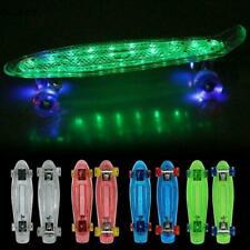 """Skateboard Pennyboard 22"""" Retro Design Kinder LED-Leuchten Räder & Plattform DHL"""