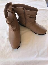 NEW Totes Womens Brown Leather Ankle Slouch Side Zip Boots Fur Lining - Size 9