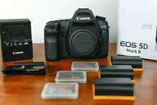 Canon EOS 5D Mark II 21.1 MP (Body Only) Low Count 27394 + 3 Battery, 3 CF Card
