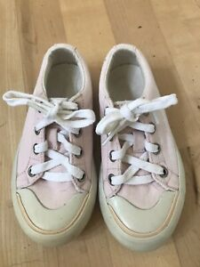 Lacoste Toddler Pink Canvas Lace Up Shoes Size 9