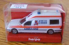 Voiture échelle 1:87 HO train Herpa MB Binz KTW Ambulance neuf boite ref044578