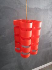 Suspension années 70' plastique rouge
