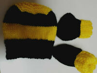 PREMMI HAND KNITTED RICHMOND TIGERS FOOTY BABY BEANIE & BOOTIES