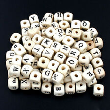 100 Stück HOLZPERLEN Holz Perlen BUCHSTABEN Würfel Basteln Alphabet - p00461x5v