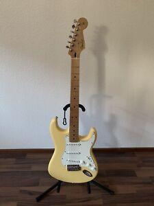 Fender Player Stratocaster Buttercream 2020
