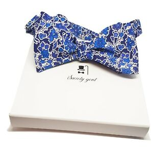 Bow ties for men floral bow tie men/'s bow tie black flowers on a cream background