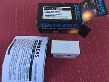 Danlers dssgdeu 400 W arranque suave, presione Dimmer Eurodata Placa de múltiples vías